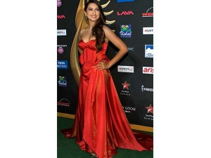 xworst-dressed-celebrities-iifa6-24-1466771427.jpg.pagespeed.ic.vuLwzEOSgl