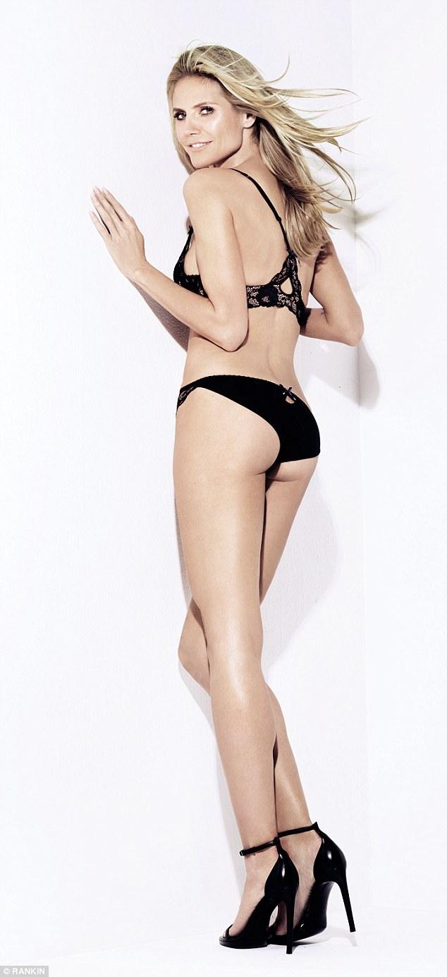 24753b96416b6 Heidi Klum, 43, flaunts her incredibly toned body as she strips off ...