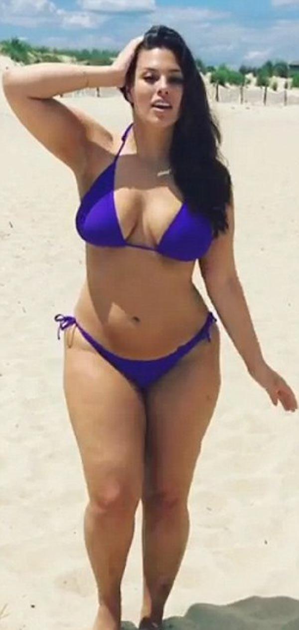 ashley-graham-purple-bikini-5