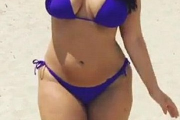 ashley-graham-purple-bikini-5