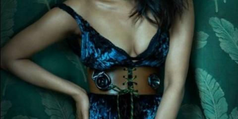 priyanka-chopra-hot-photo-shoot-for-flaunt-magazine-2207