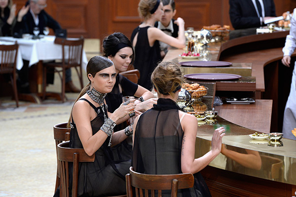 kendall-jenner-cara-delevigne-chanel-pfw-gty-2