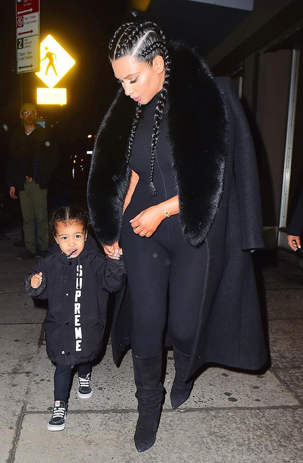 kim-kardashian-north-west-nyfw-matching-black-outfit-spl-2