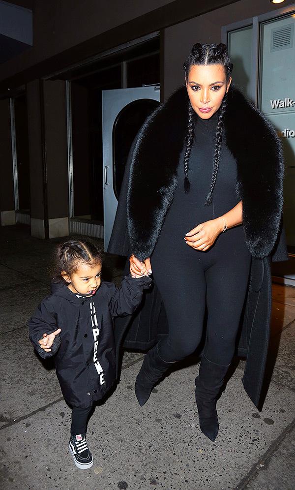 kim-kardashian-north-west-nyfw-matching-black-outfit-spl