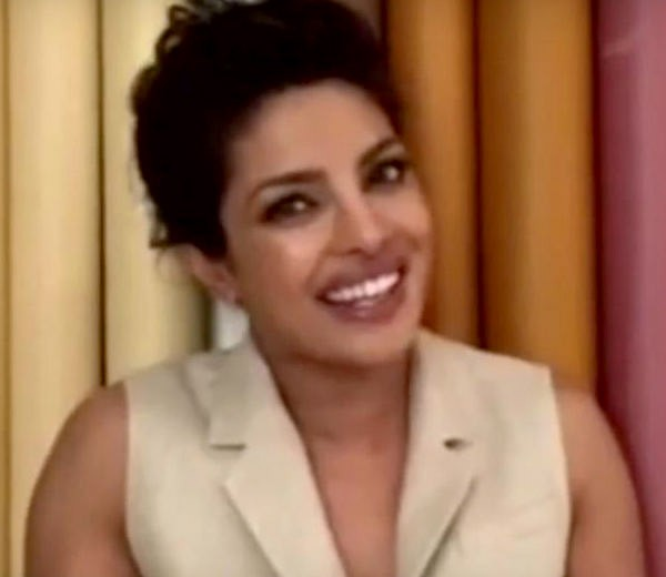 priyanka-chopra-made-india-proud-when-she-was-featured-in-enriques-single-201607-755853