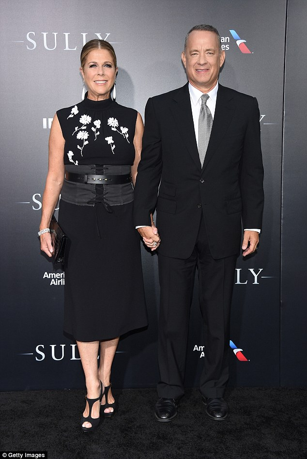 37FE54B400000578-3777077-The_couple_that_dresses_together_Hanks_looked_dapper_in_a_black_-m-35_1473210231456