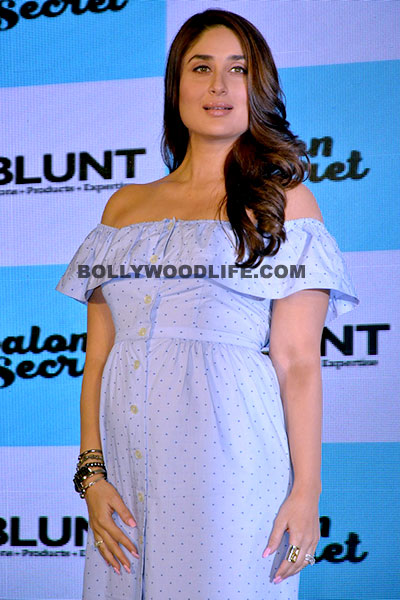 kareena-kapoor-khan-posing-for-shutterbugs-during-b-blunt-event-201608-775860
