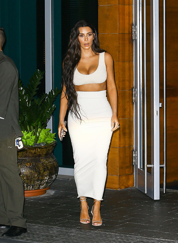 kim-kardashian-crop-top1
