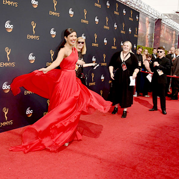 priyanka-chopra-stunned-everyone-in-her-crimson-gown-at-the-68th-emmy-awards-201609-798103