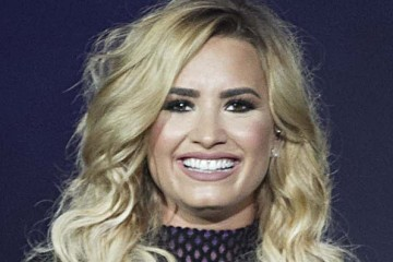 demi-lovato-blonde-hair-makeover-rex-ftr