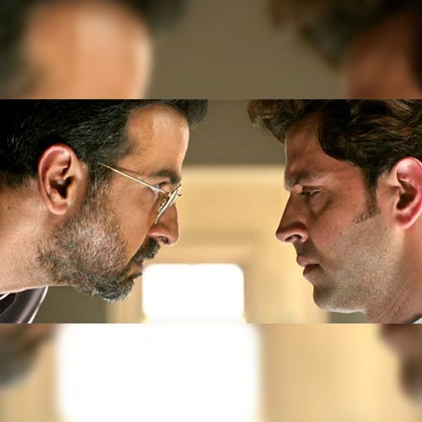 hrithik-roshan-and-ronit-roy-in-the-same-frame-is-soaring-temperatures-201610-821440