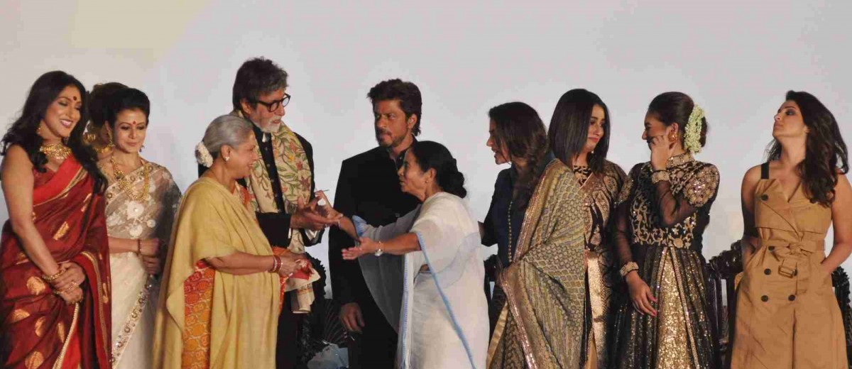 Kolkata: West Bengal Chief Minister Mamata Banerjee, actors Amitabh Bachchan, Jaya Bachchan, Shah Rukh Khan, Kajol Devgan and Parineeti Chopra during the inauguration of 22nd Kolkata International Film Festival (KIFF) in Kolkata on Nov 11, 2016. (Photo: Kuntal Chakrabarty/IANS)