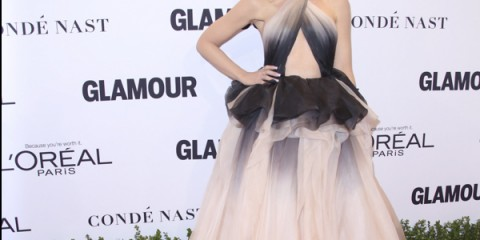 gwen-stefani-glamour-woman-of-the-year-red-carpet