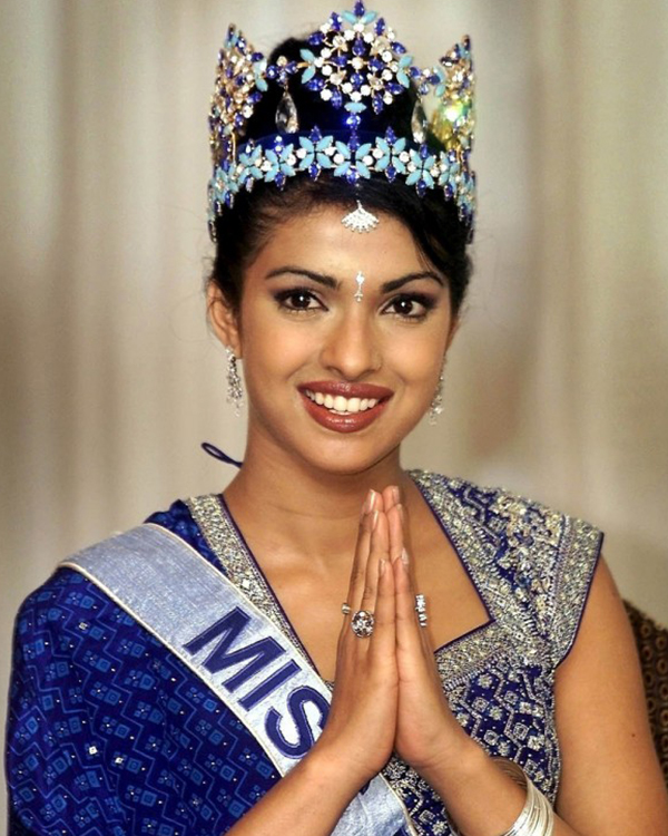 Priyanka-Chopra-Style-Evolution-11