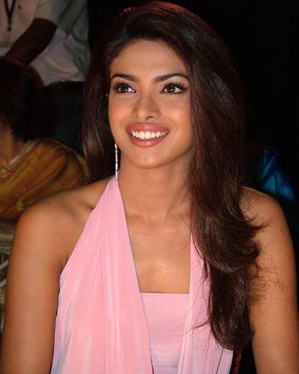 Priyanka-Chopra-Style-Evolution-17