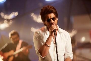 Shah-Rukh-Khan-Safar-ring