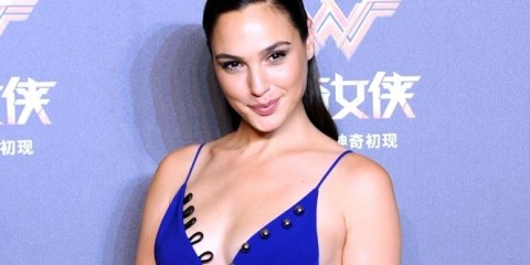Gal-Gadot-eight