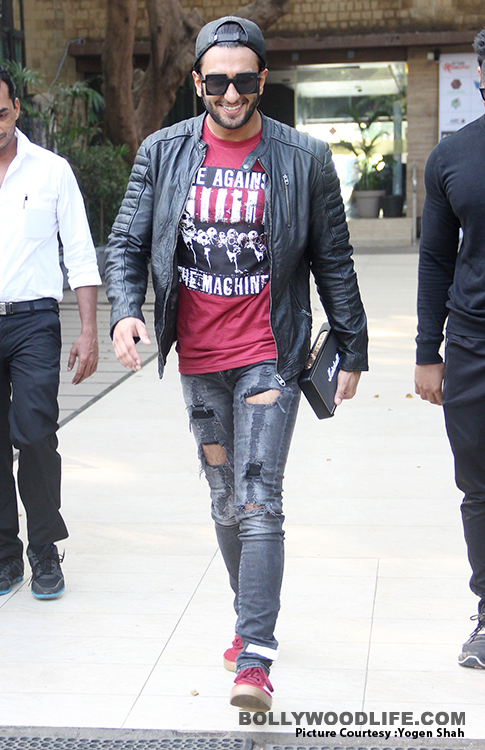 Ranveer-Singh-Spotted-At-Others-Club-in-Bandra-on-6-12-2017-pics-yogen-shah-14