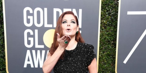 BEVERLY HILLS, CA - JANUARY 07:  Actor Debra Messing attends The 75th Annual Golden Globe Awards at The Beverly Hilton Hotel on January 7, 2018 in Beverly Hills, California.  (Photo by Frazer Harrison/Getty Images)