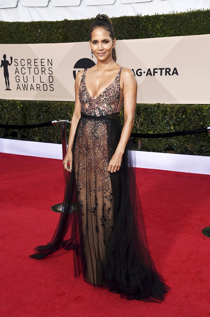 halle-berry-sag-awards-best-dressed1