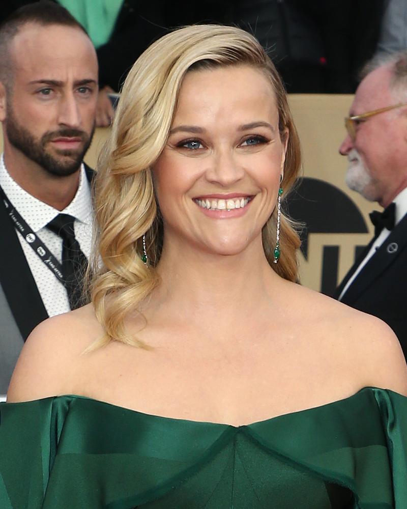 reese-witherspoon-sag-awards-2018-best-beauty