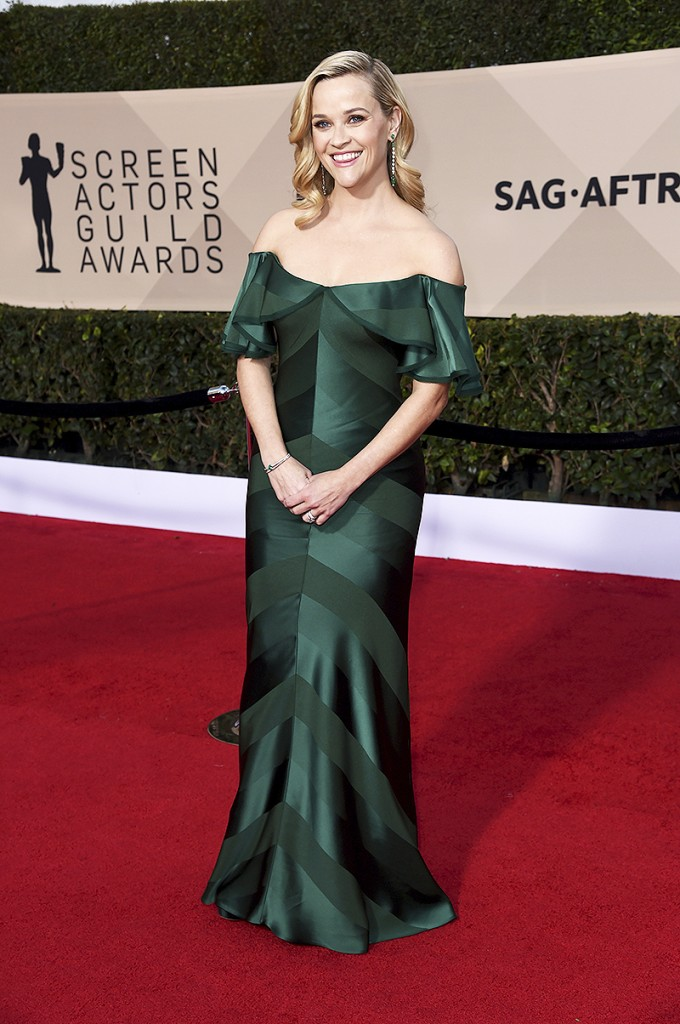 reese-witherspoon-sag-awards-best-dressed