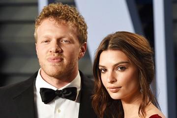 emily-ratajkowski-furious-after-new-husband-kisses-ftr