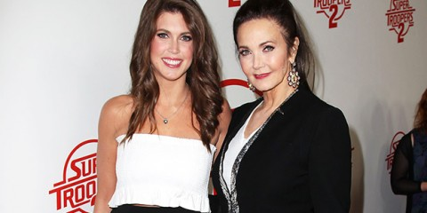 lynda-carter-with-daughter-ftr