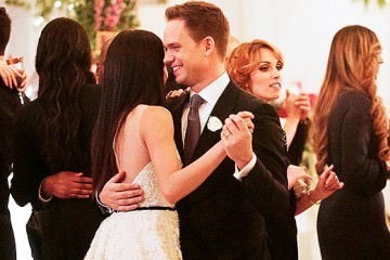 meghan-markles-suits-wedding-dress-ftr