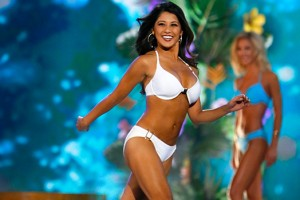 miss-america-competition-swimsuit-ftr