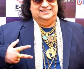 Bappi_Lahiri_graces_musical_concert_'Rehmatein-3'