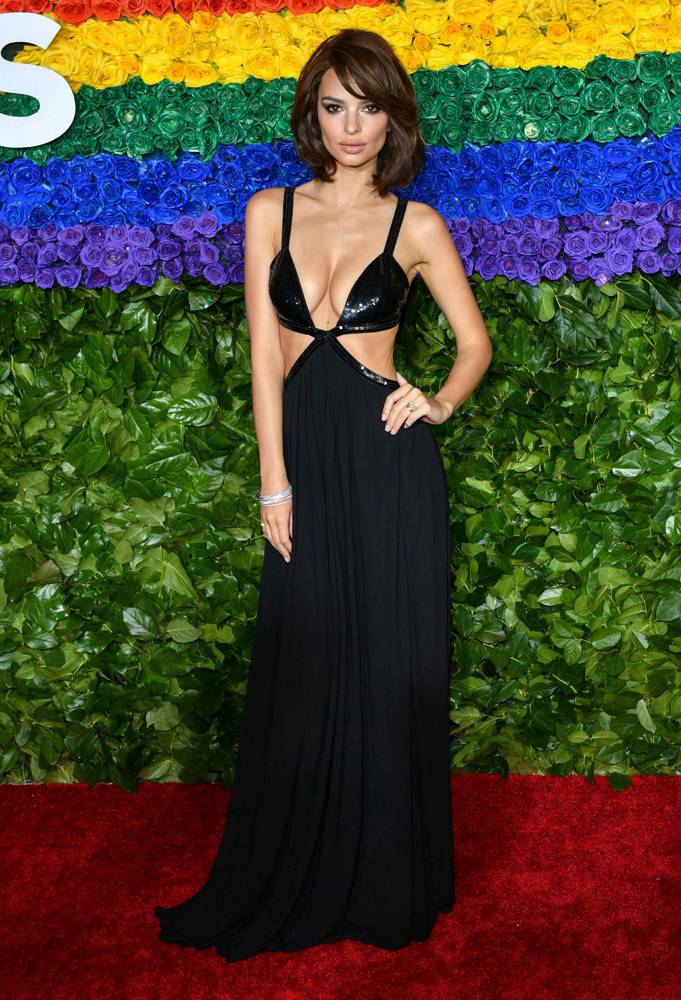 Mandatory Credit: Photo by Erik Pendzich/Shutterstock (10298489db) Emily Ratajkowski 73rd Annual Tony Awards, Arrivals, Radio City Music Hall, New York, USA - 09 Jun 2019