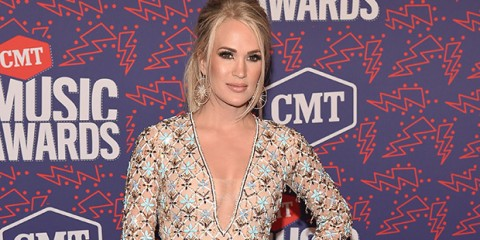 carrie-underwood-cmts-ftr
