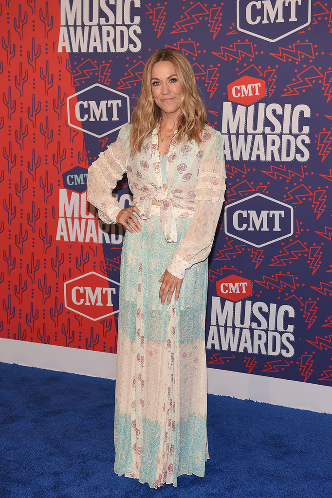 Mandatory Credit: Photo by Andrew H. Walker/Shutterstock (10281493cg) Sheryl Crow CMT Music Awards, Arrivals, Bridgestone Arena, Nashville, USA - 05 Jun 2019