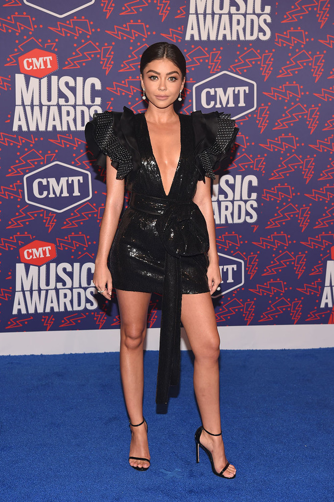 Mandatory Credit: Photo by Andrew H. Walker/Shutterstock (10281493co) Sarah Hyland CMT Music Awards, Arrivals, Bridgestone Arena, Nashville, USA - 05 Jun 2019